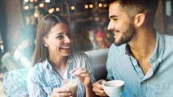 5 Texts To Send After A First Date If You Want A Second