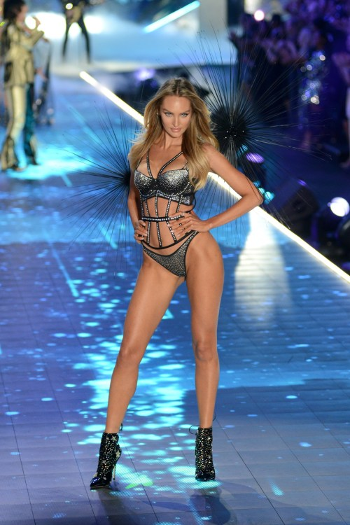 Candice Swanepoel modeling at the Victorias's Secret Fashion Show 2018