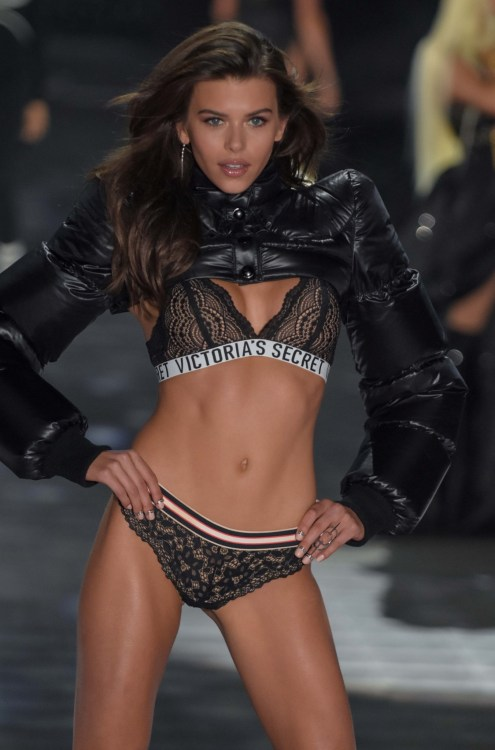Georgia Fowler modeling at the Victorias's Secret Fashion Show 2018