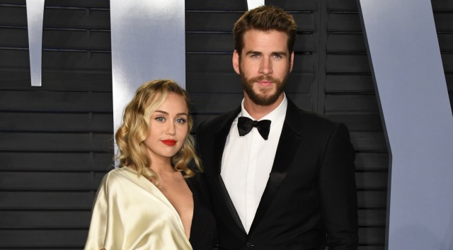 MIley Cyrus and Liam Hemsworth at the 2018 Vanity Fair Oscars Party