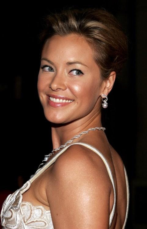 Kristanna Loken shows up at gthe premiere of Bloodrayne.
