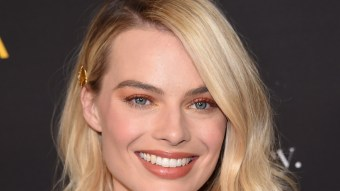 Margot Robbie Boyfriend 2021: Who is Margot Dating?