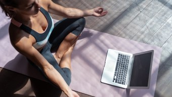Best 7 Yoga Mats For Your At-Home Yoga Sessions