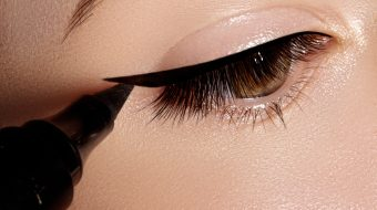 Learn How To Do The Perfect Cat-Eye For Your Eyes