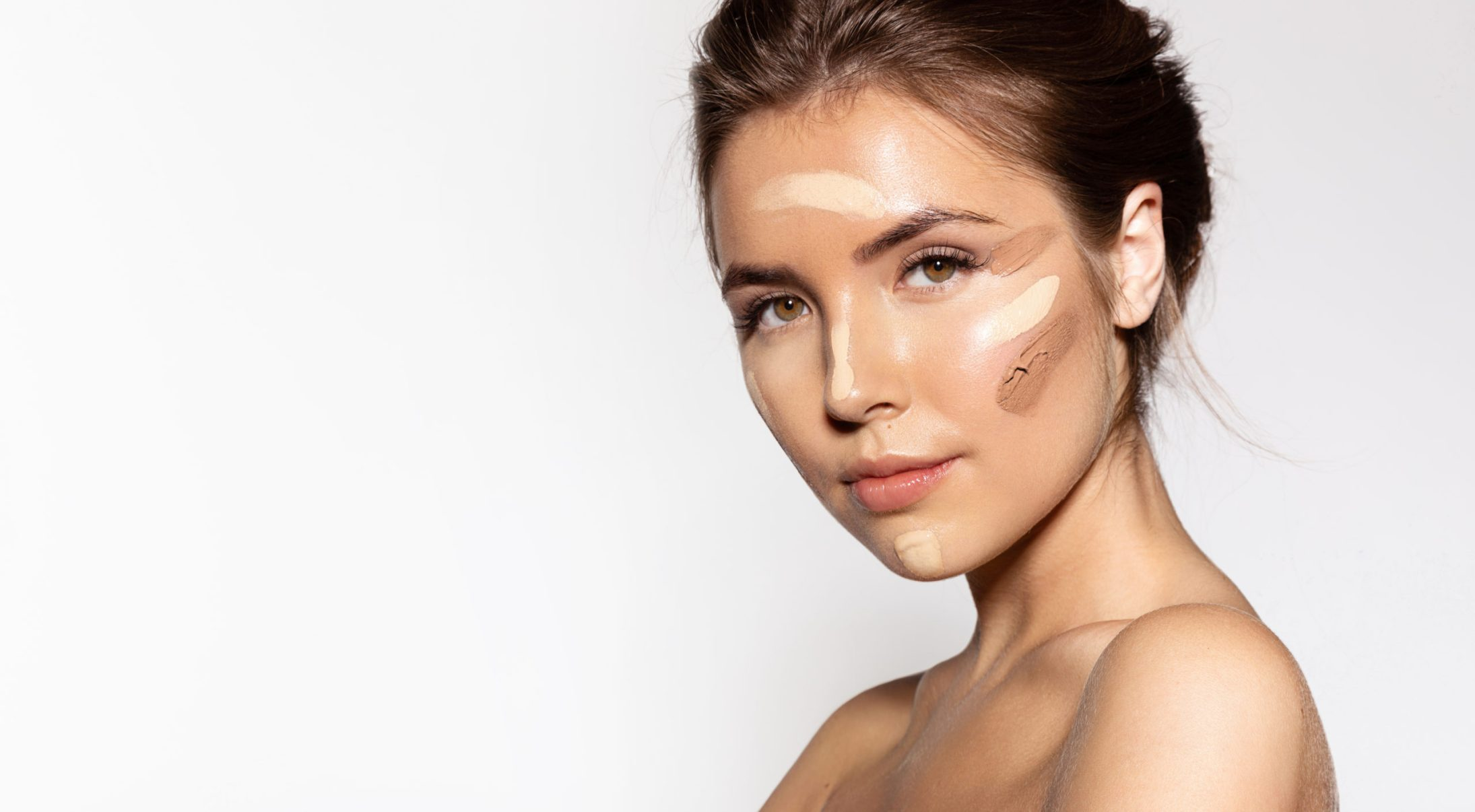 Soft Glam Is The Go-To Makeup Look Of Summer 2021
