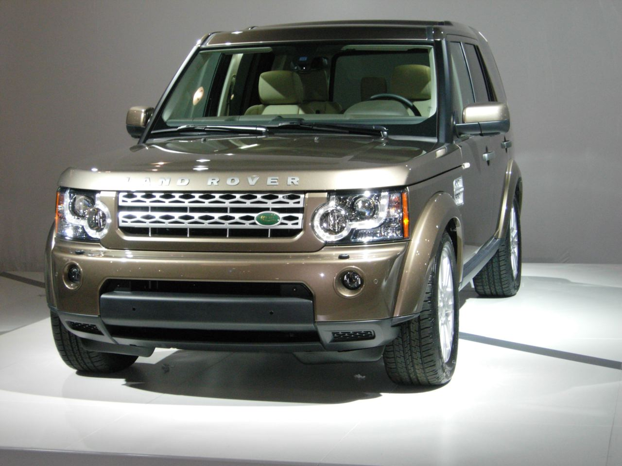 The LR3. Er, the LR4. Oh hell, why can't we still call it the Discovery?