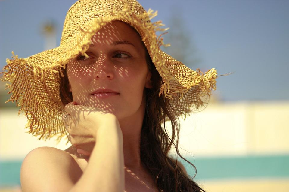 उन्हाळ्यात त्वचेची काळजी कशी घ्यावी Summer skin care tips in Marathi