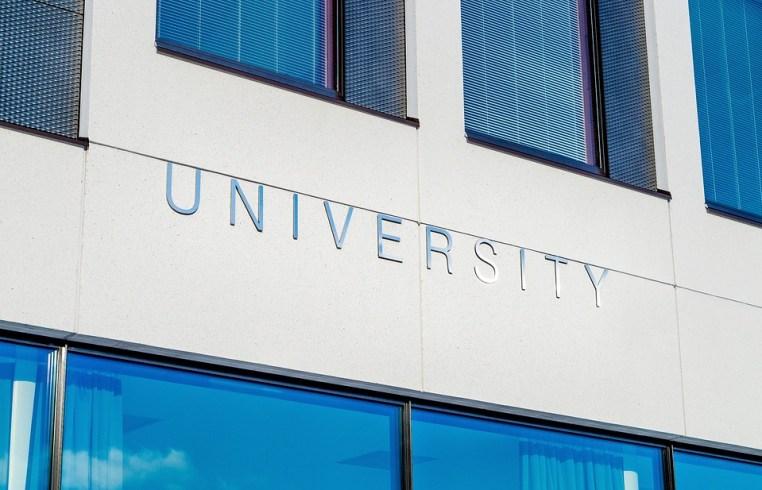 Surviving Dorm Life in an University Campus