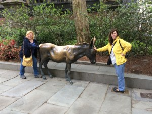 Naomi, Irena and a famous donkey at the Old City Hall