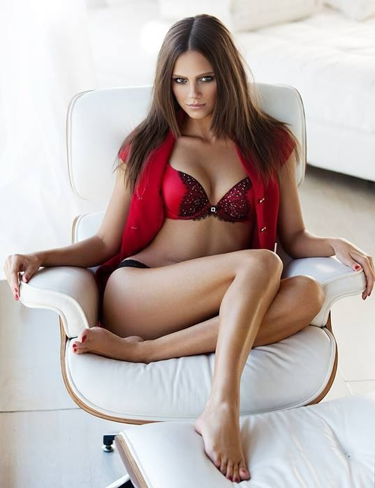 red-lingerie-sexy-5