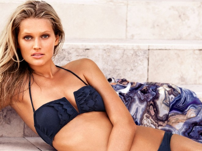 toni-garrn-sexy-pictures-7