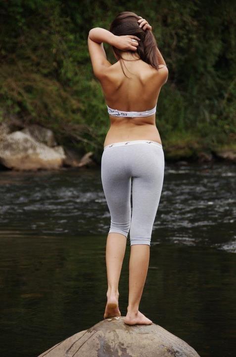 girls-yoga-pants-34