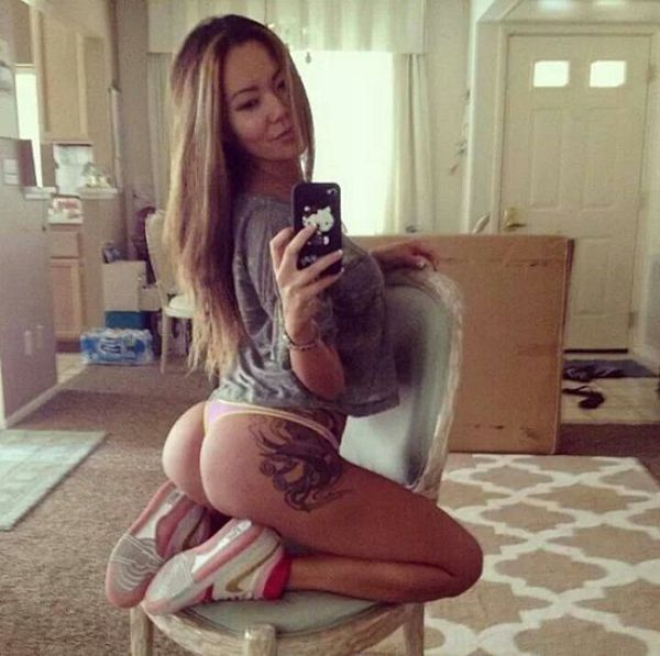 hottest-selfies-2014-10