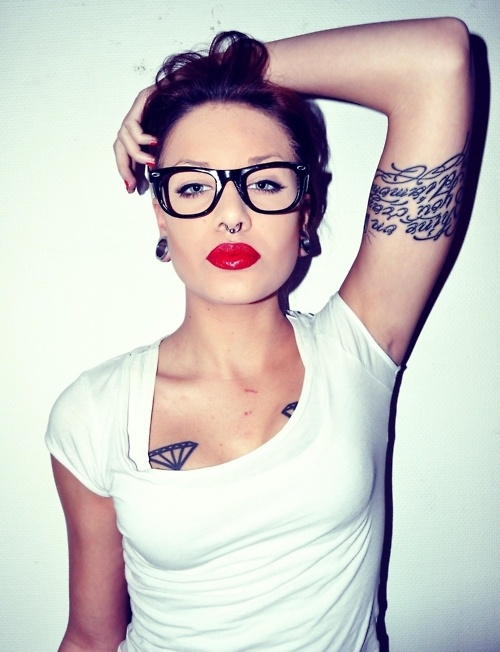 sexy-babes-glasses-14