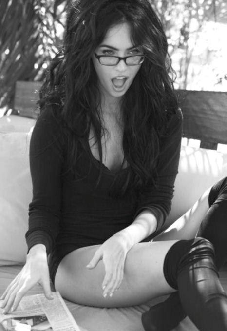 sexy-babes-glasses-32