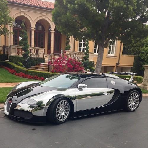 car-porn-bugatti-veyron-38