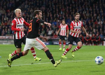 United's Midfield Fail to Make the Lead Stick Against PSV