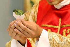 Catholic Church to Trial Avocado Communion in Bid to Appeal to Millennials