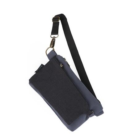 Riñonera bolso negra