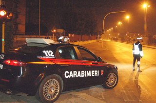 carabinieri_notte_posto_blocco