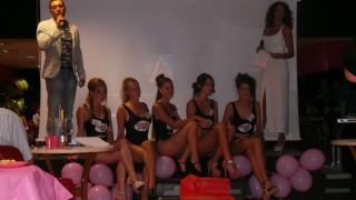 ragazze alla Festa Eos