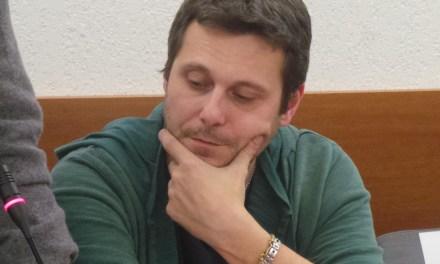 PISCINE, M5S: «LA DENUNCIA DI BACCI? PER RIFARSI UNA VERGINITÀ»