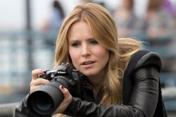 veronica-mars-movie-veronica-spying