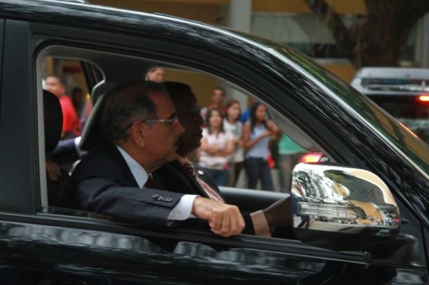 El presidente a la llegada al intec