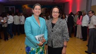 Jeannette Hache y Yolanda Salazar