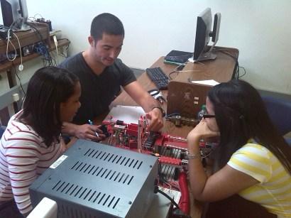 3_Estudiantes INTEC y RUM colaboran en Automatizacion de Procesos 1
