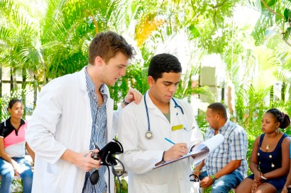 Los médicos de INTEC y YALE trabajaron en conjunto.