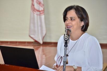 La profesora Maricécili Mora Ramis