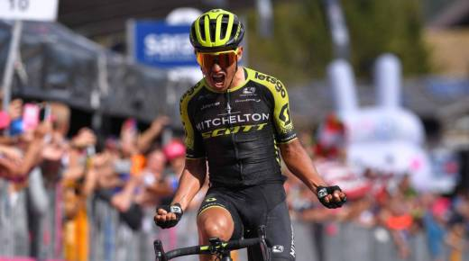 Esteban Chaves wint negentiende etappe Giro d'Italia