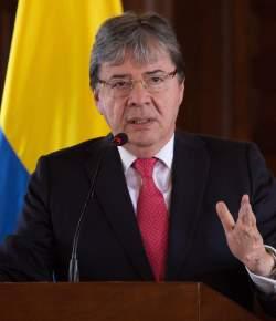 Minister van Buitenlandse Zaken Carlos Holmes Trujillo wordt nieuwe minister van Defensie
