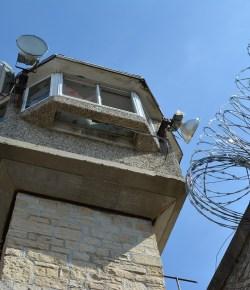 Rellen in verschillende gevangenissen in Colombia