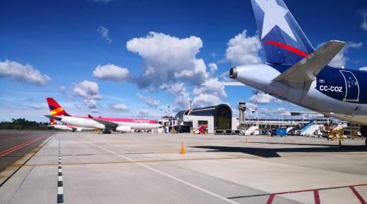 Burgemeester van Medellín geeft toestemming voor heropening luchthavens