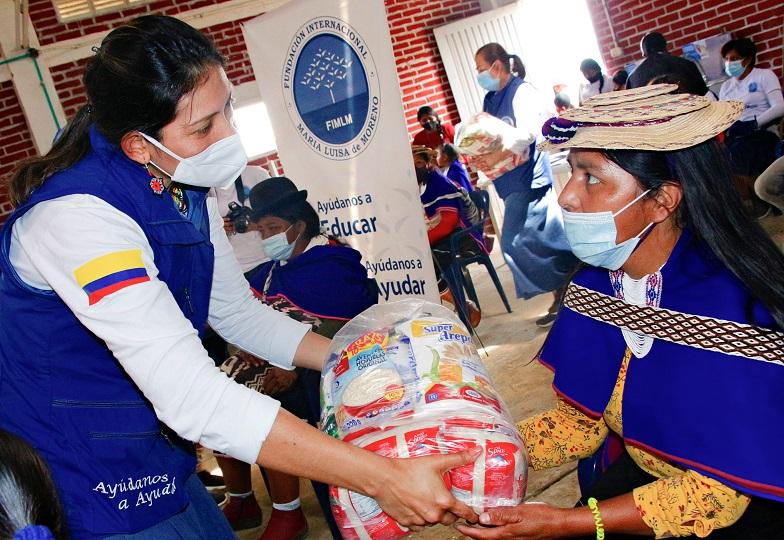 Entrega de mercados a familias Misak en el Cauca. 15 de julio de 2021
