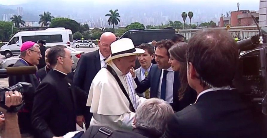 papa sombrero carriel y poncho antioquia