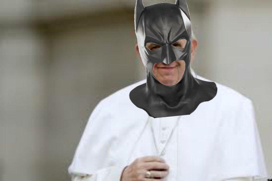 batimovil papamovil francisco colombiano indignado