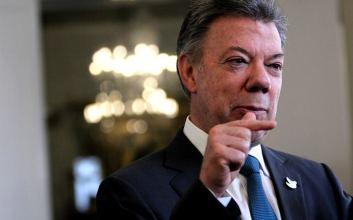 Santos Presidente Colombiano Indignado