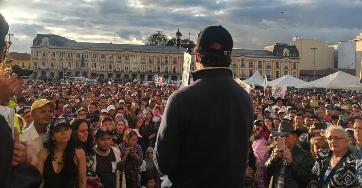 """""""Hoy nació la Colombia Humana"""": Petro fundó el partido en la Plaza de Bolívar"""