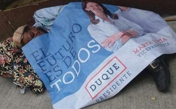 foto cartel ivan duque campaña