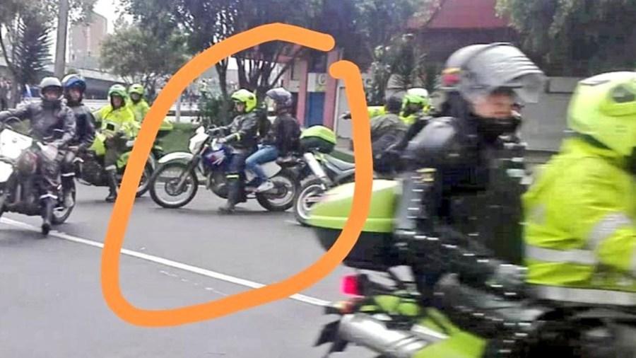 policías marchas angela maria robledo