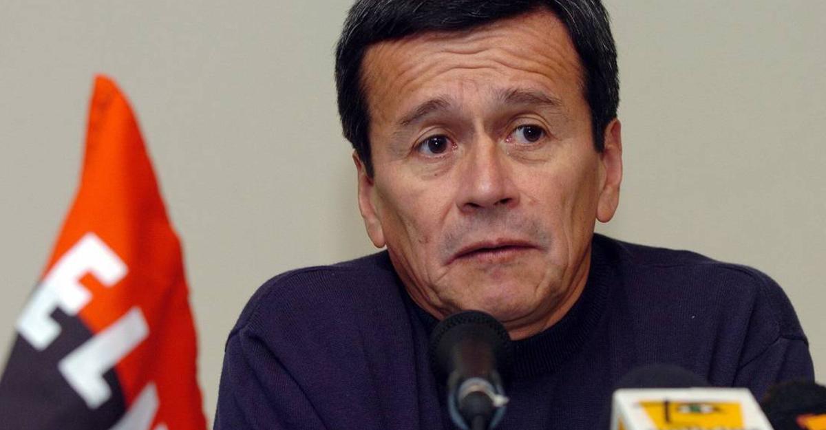 Eln desmiente declaración de 'Pablo Beltrán' sobre atentado que difundió Caracol Radio