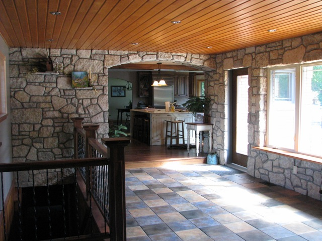 harvest gold limestone tumbled blend indoor area