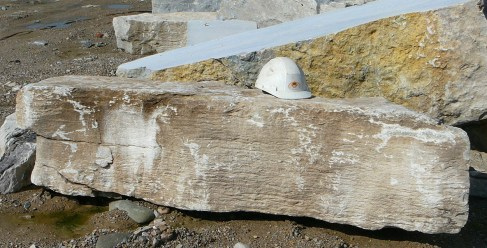 weatheredge limestone large
