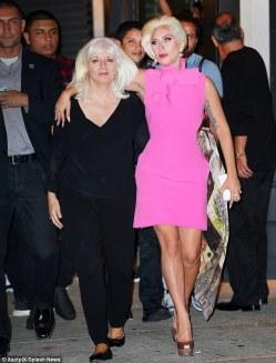 Lady Gaga and mom, courtesy of dailymail.co.uk