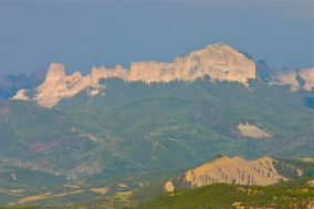 The mid-afternoon light was far from perfect for landscape photography, but the rugged Uncompahgre Range still made an attractive target for a roadside snapshot.