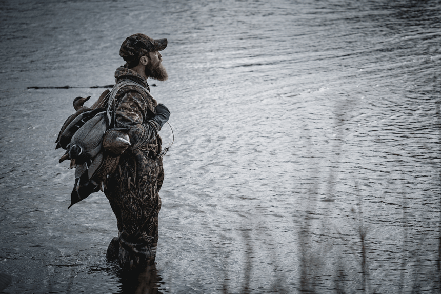 Waterfowl hunter
