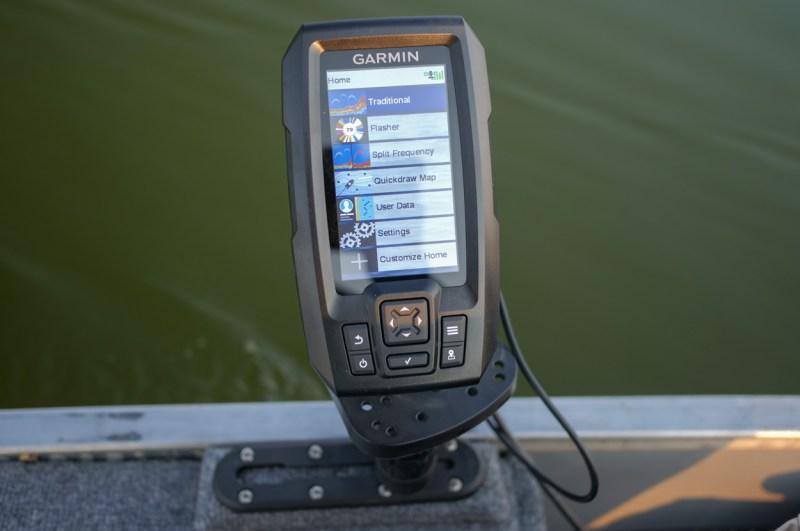 Garmin Striker Vivid 4CV Fish Finder
